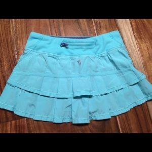 Ivivva Lululemon Girls Set the Pace skirt